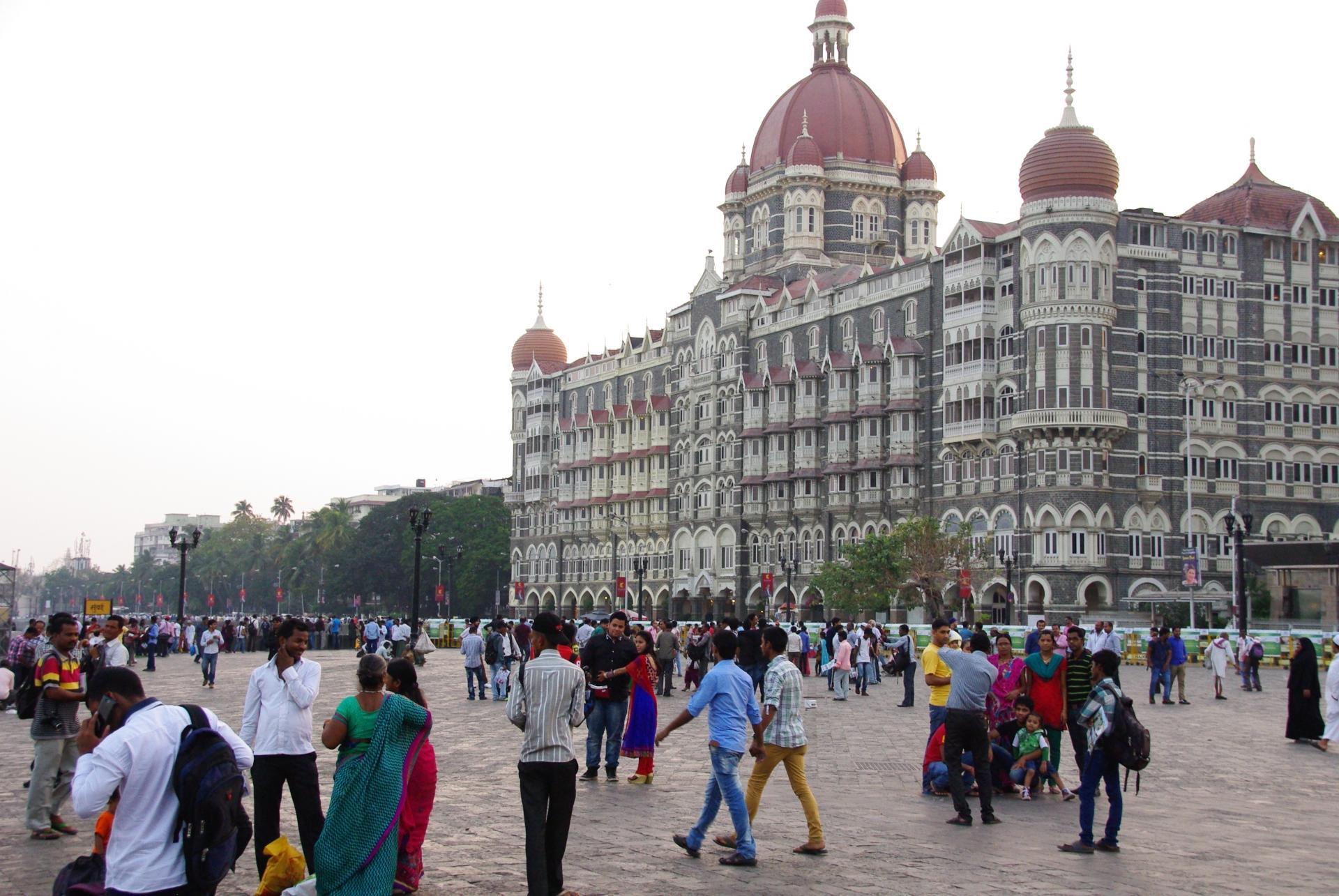 Bombay 18